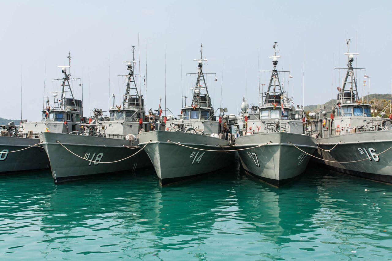 naval-ships